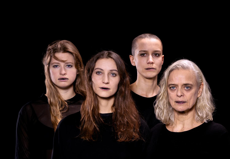 BIG SISTERS - Nanterre-Amandiers